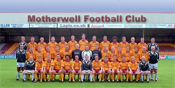 2000/01 Squad Photo