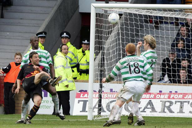 Scott McDonald equaliser (Skippy Sunday)